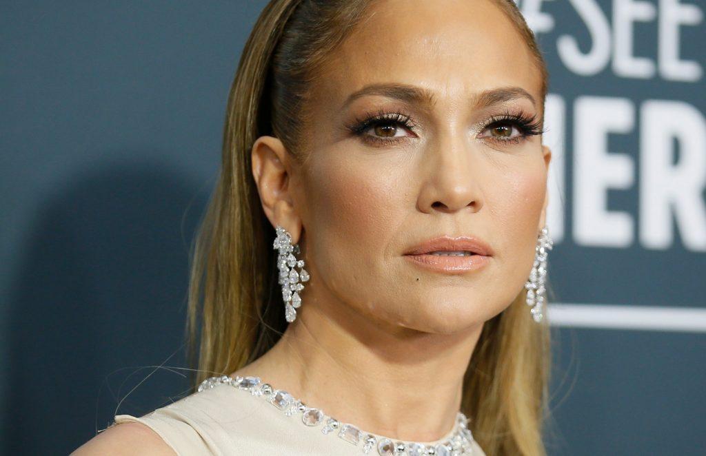 Jeniffer Lopez makeup maskara